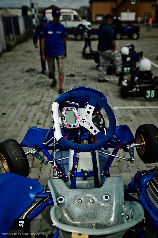 Kart is packed with computer technology and its engine can reach speeds of up to 60 miles an hour in 2.5 seconds.