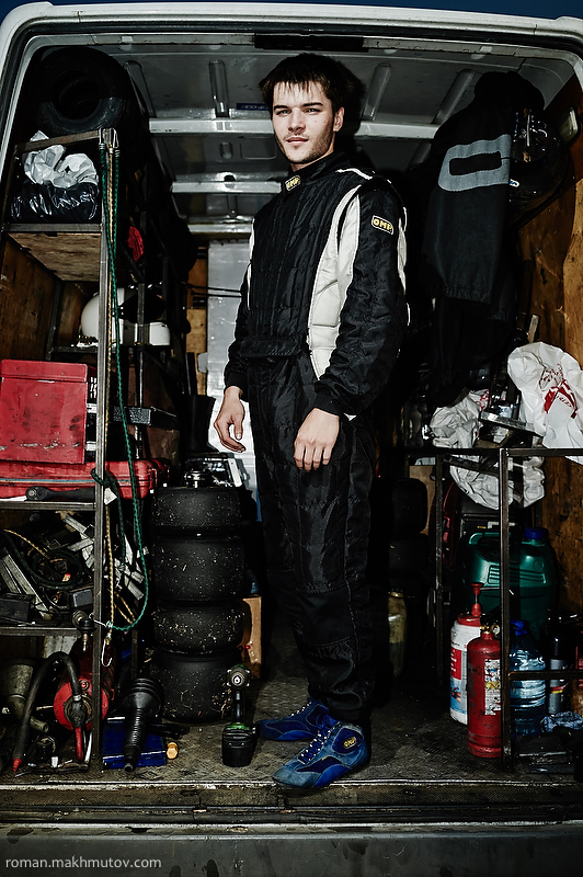 Evgeniy, Chelyabinsk, 21 years old. He has 14 years of experience. Every ride requires a massive expenditure of materials, from fluids to tires and parts.